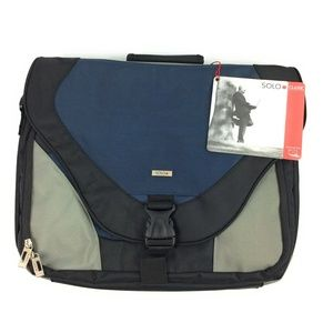 "Solo 17"" Laptop Messenger Bag"